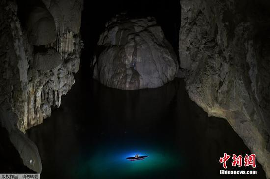 Explore Hang Son Doong, the world's largest cave in Vietnam